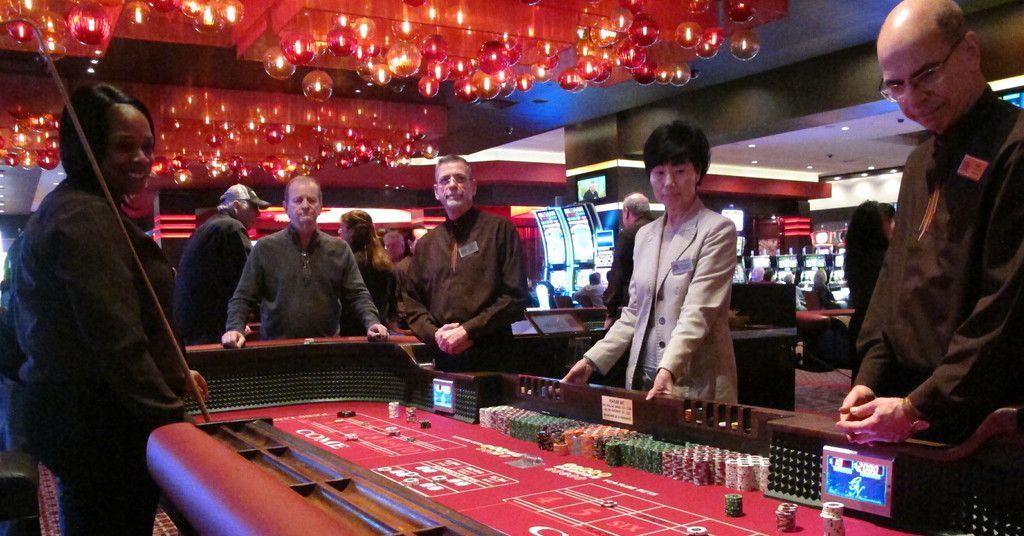 domino poker